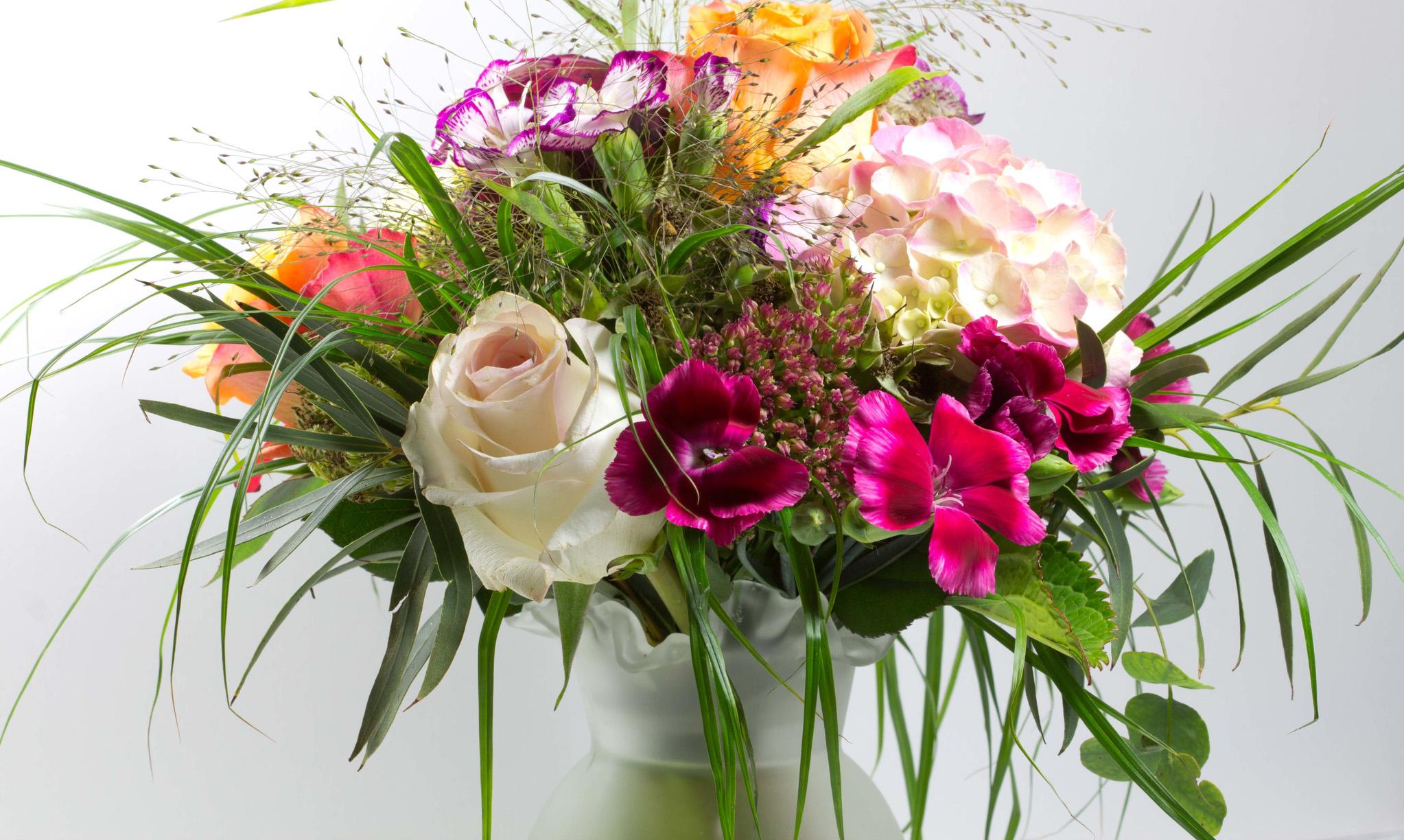 Flower Design From The Garden Bellevue Botanical Garden
